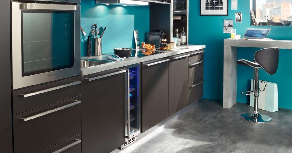 am nager une cuisine dans un studio toutes nos astuces pour optimiser l 39 espace. Black Bedroom Furniture Sets. Home Design Ideas