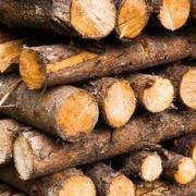 Approvisionnement d'un poêle à bois