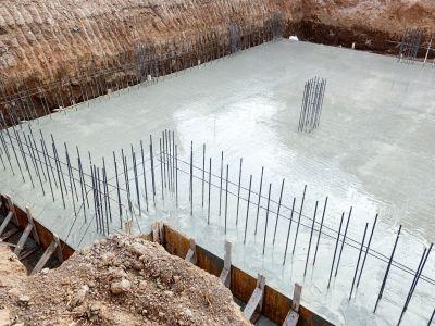 Assurer une maison en cours de construction