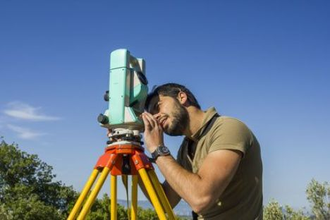 Bornage d'un terrain : l'intervention du géomètre expert