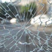 Bris de fenêtre, vitre cassée et assurance habitation