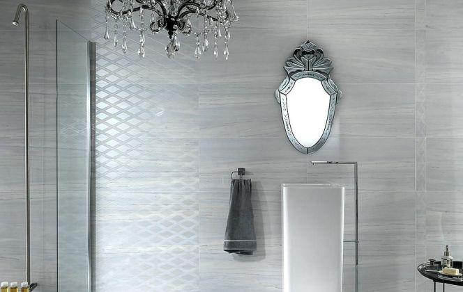 Ce carrelage effet marbre donnera un aspect très contemporain et serein à votre salle de bain. © Ceramiche Supergres