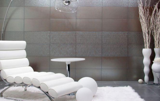 Ce carrelage design effet métallisé donnera un aspect industriel très sophistiqué à votre intérieur. © Azuleros Plaza