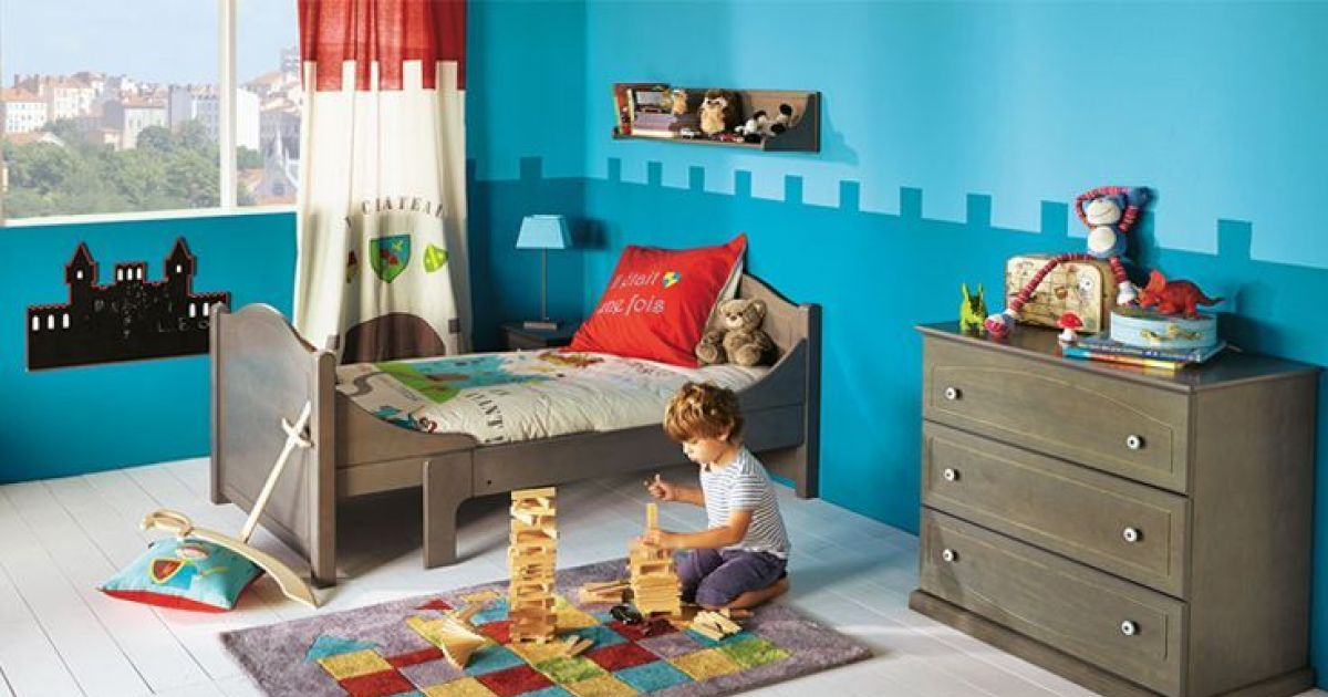 chambre enfant chevalier par alin a. Black Bedroom Furniture Sets. Home Design Ideas