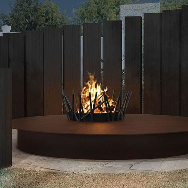 Une cheminée design pour vos aménagements extérieurs