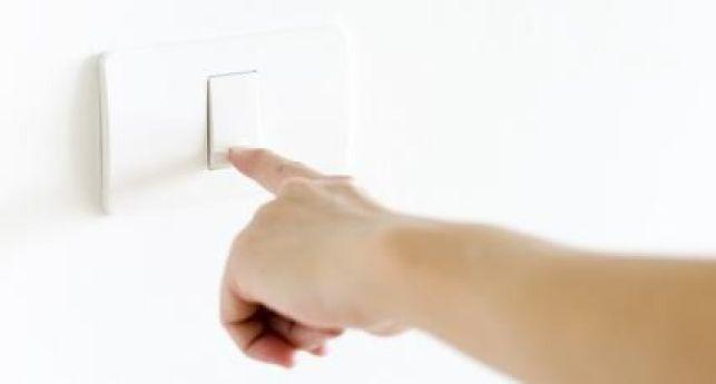 Combien coûte un interrupteur ? Prix d'achat et de pose par un électricien