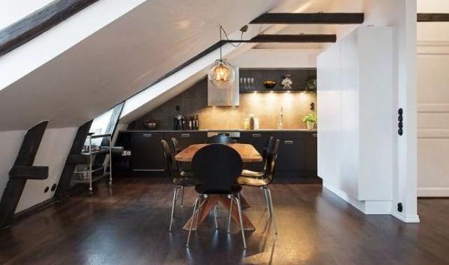 Un appartement mansardé à Stockholm
