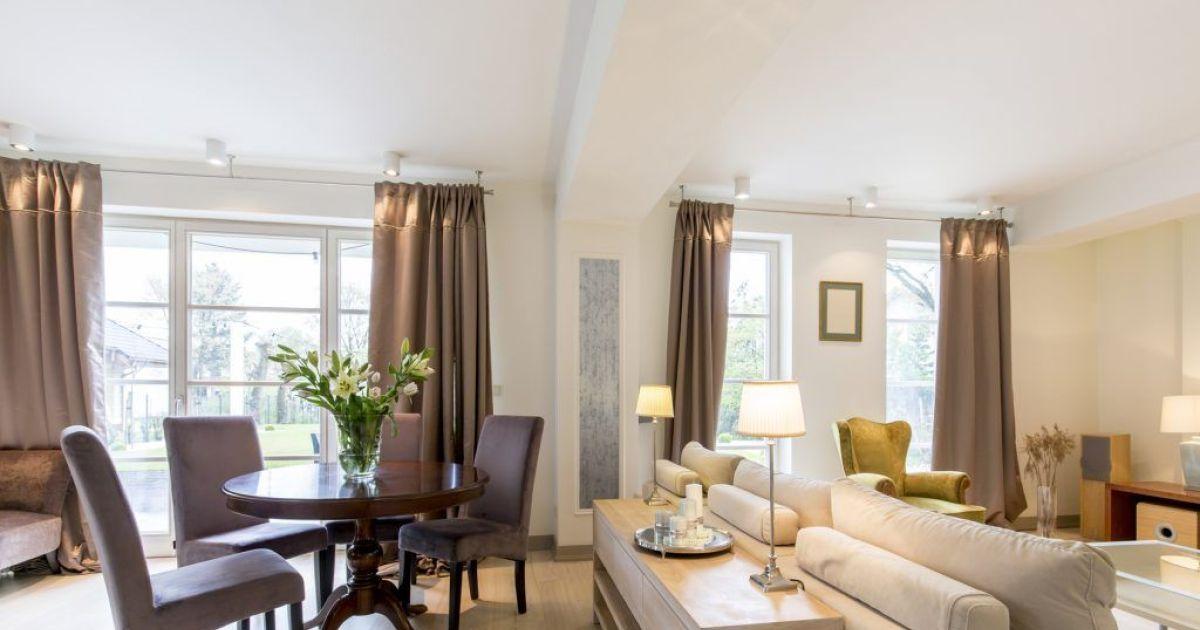 comment bien agencer un salon. Black Bedroom Furniture Sets. Home Design Ideas