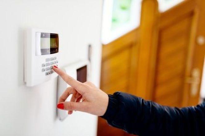 Comment bien choisir son alarme de maison ?