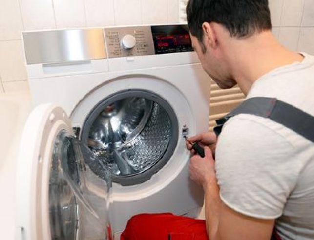 Comment brancher et raccorder un lave-linge ?