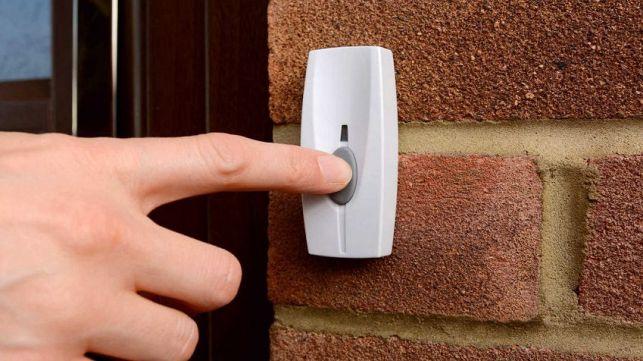 Comment installer une sonnette de porte ?