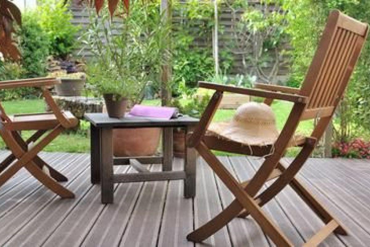 Nettoyer Salon De Jardin En Bois comment nettoyer un salon de jardin en bois ou en teck ?