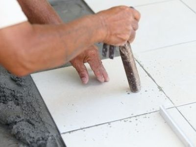 Comment percer proprement du carrelage ?