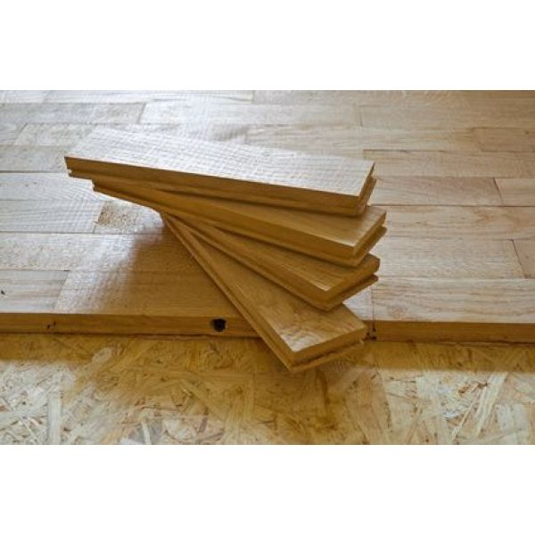 refaire un parquet ancien simple comment reboucher les fentes duun parquet bricolage. Black Bedroom Furniture Sets. Home Design Ideas