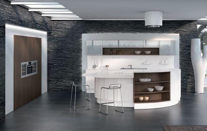 Cette cuisine haut de gamme à l'agencement ultra design saura apporter une touche de modernité dans votre pièce à vivre. © Perene