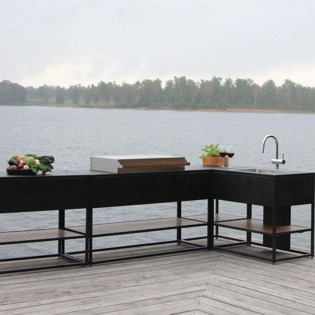 Elégante et raffinée, la cuisine Arild de SKELDERVIK apportera une touche de modernité à la terrasse