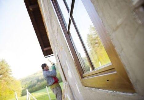 Découverte d'amiante dans une maison, comment réagir ?