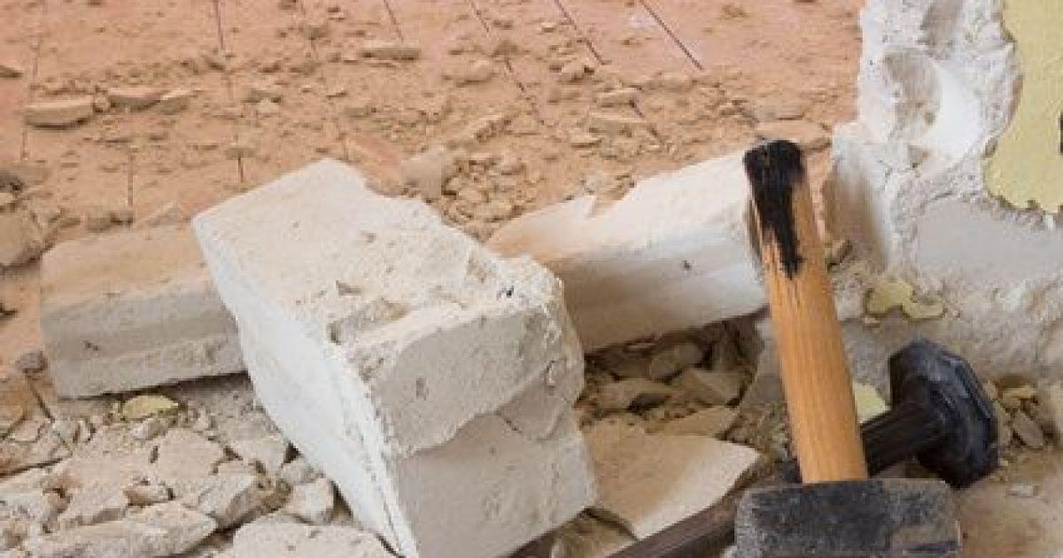 D molir ou ouvrir un mur en b ton m thode et pr cautions - Demolir un mur porteur ...