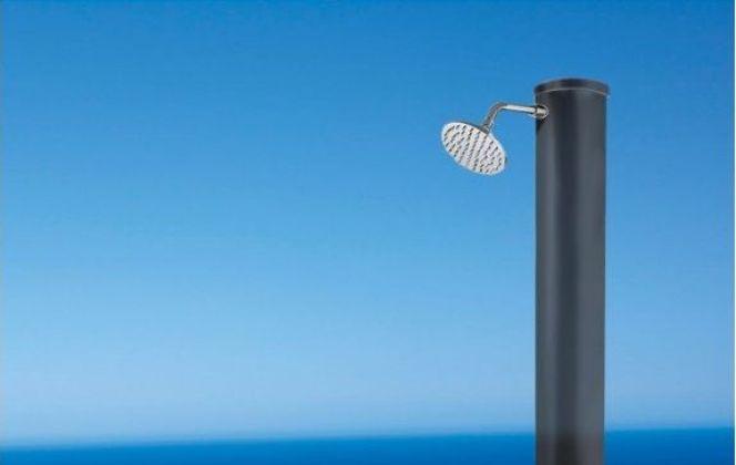 Douche solaire par Mr.Bricolage © Mr.Bricolage