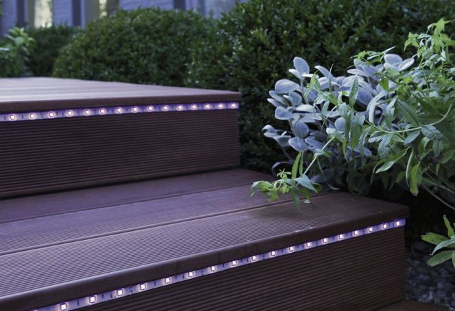 Notre s lection d 39 clairage de terrasse eclairage led for Eclairage led terrasse