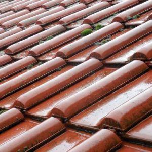 Entretien d'une toiture :  comment et à quelle fréquence?