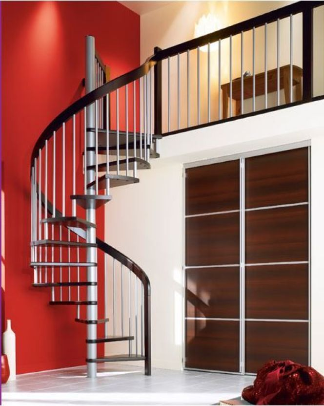 Notre s lection des plus beaux escaliers en colima on escalier en colima on par lapeyre - Poser un escalier en colimacon ...