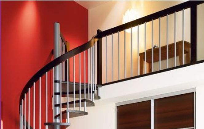 Escalier en colimaçon par Lapeyre © Lapeyre