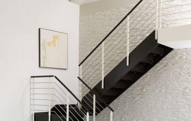 L'escalier Style, très contemporain, se fondra à merveille dans votre pièce. © Novalinea