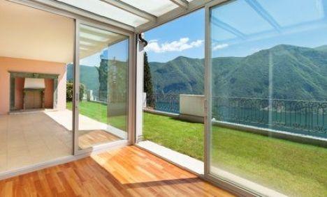 """Extension d'une maison avec une véranda<span class=""""normal italic"""">© alexandre zveiger - Fotolia.com</span>"""