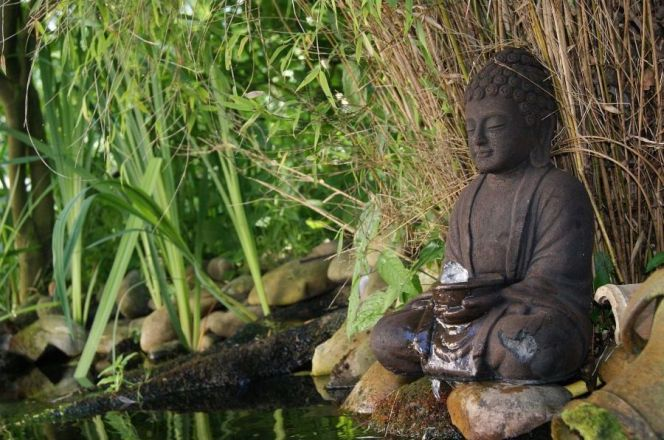 Fontaine bouddha par Meseo