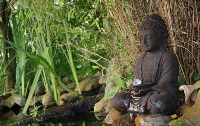 Fontaine bouddha par Meseo © Meseo