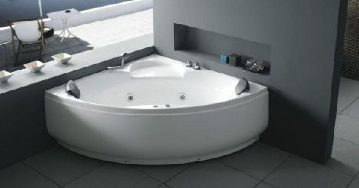 Produits toutes les formes de baignoires baignoire d for Baignoire petits espaces