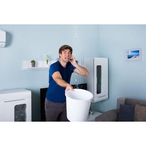 fuite d eau par un plafond que faire. Black Bedroom Furniture Sets. Home Design Ideas
