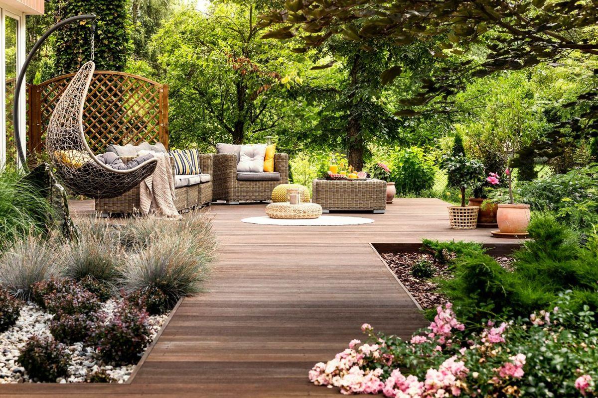 Nettoyer Salon De Jardin En Bois installer un salon de jardin sur sa terrasse