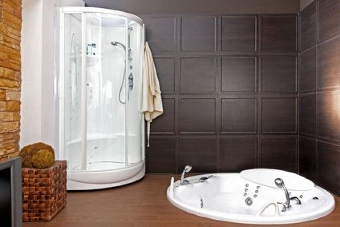 installer un sauna dans une salle de bain. Black Bedroom Furniture Sets. Home Design Ideas