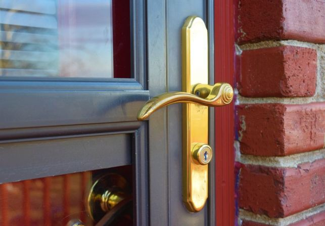 Joints de porte : pose ou remplacement
