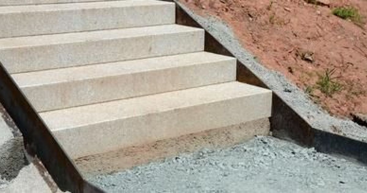 L 39 escalier d ext rieur toutes les infos pour bien le choisir for Norme escalier exterieur