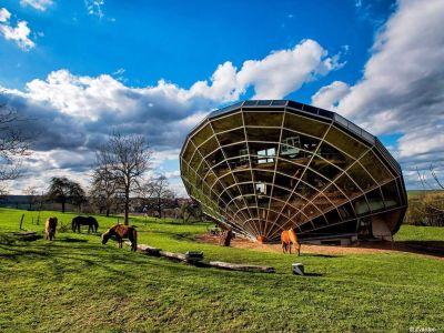 L'Héliodome, une maison solaire surprenante