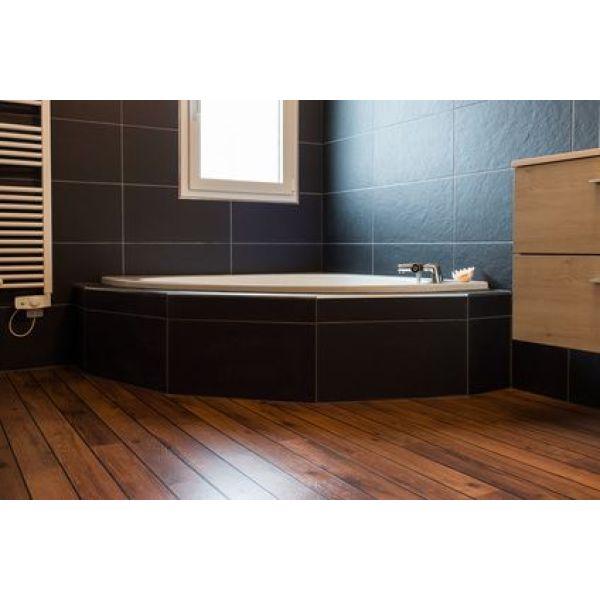 La baignoire d 39 angle installation d 39 une baignoire confortable et design - Montage d une baignoire d angle ...