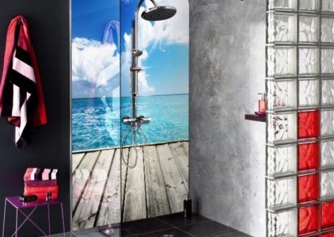 La crédence de douche, idéale pour customiser une douche