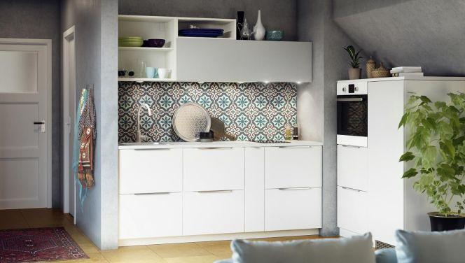 En photos les plus belles cuisines blanches la cuisine - Cuisine laquee blanche ikea ...