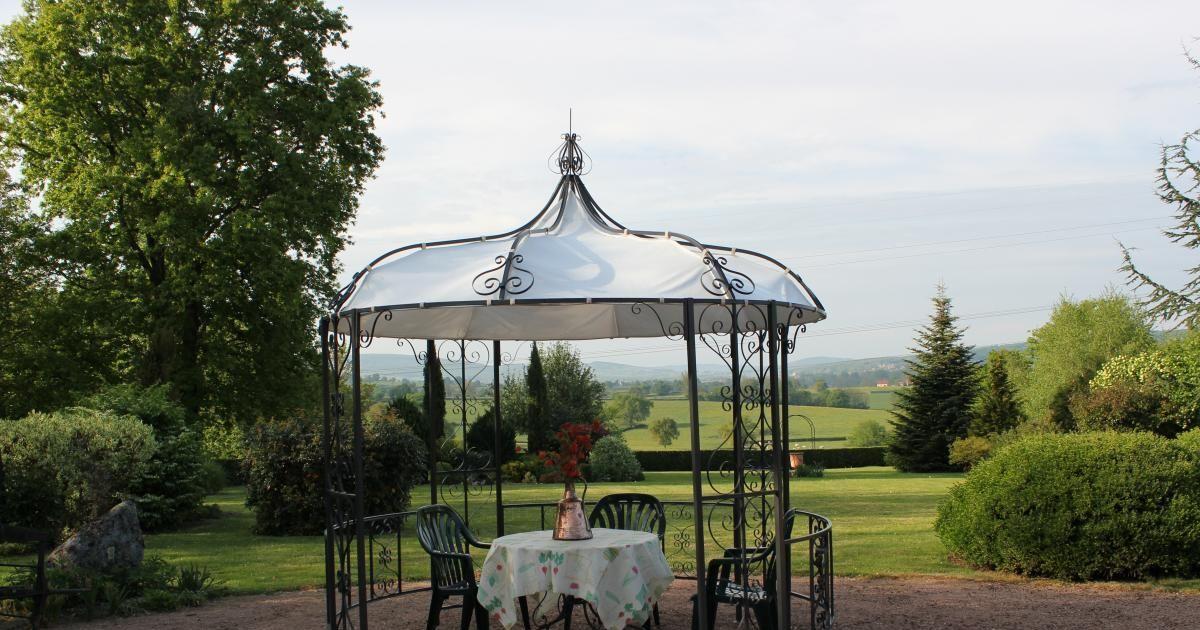 La gloriette de jardin petit pavillon au coeur du jardin - La boutique du jardinage ...