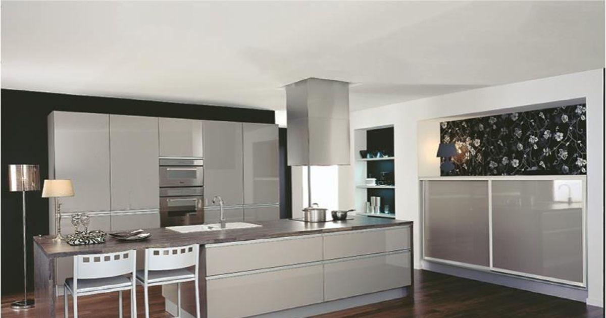 la hotte de cuisine d corative donnez du style votre. Black Bedroom Furniture Sets. Home Design Ideas