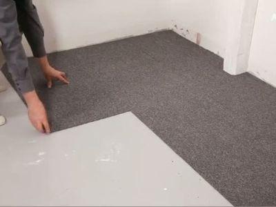 La moquette en dalles