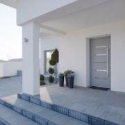 La porte en aluminium