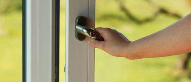 La porte-fenêtre : éclairez votre intérieur !