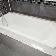La pose d'une baignoire