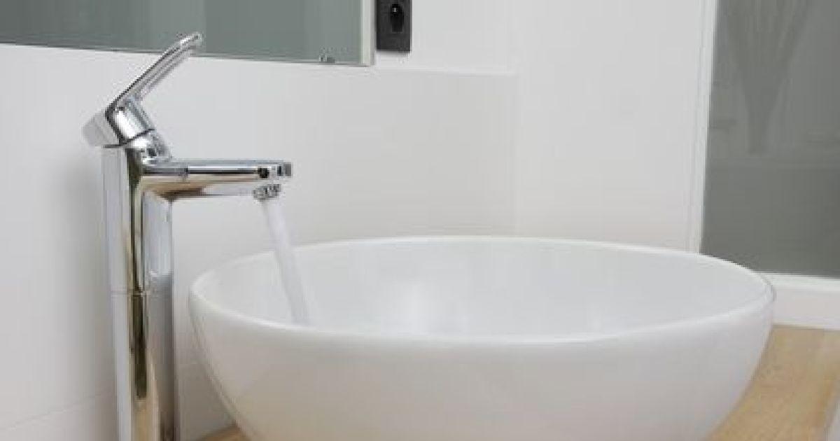 Lavabos et vasques de salle de bain tout savoir for Mini lavabo salle de bain