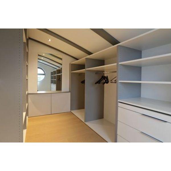 le dressing en kit monter soi m me. Black Bedroom Furniture Sets. Home Design Ideas