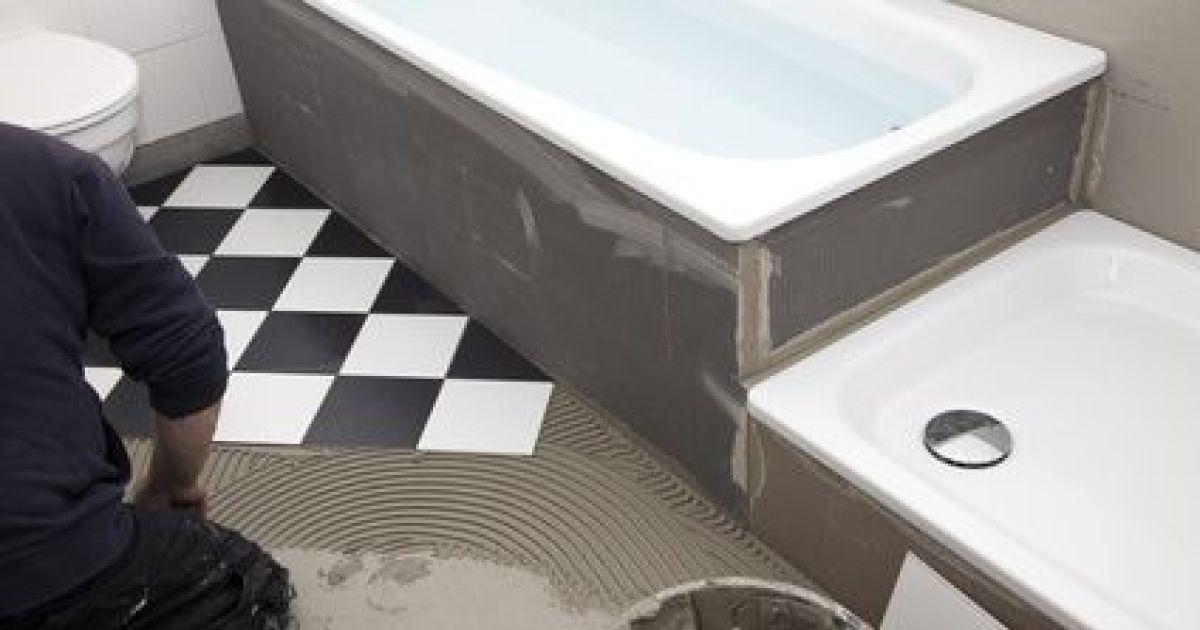 le montage d 39 une douche tape par tape. Black Bedroom Furniture Sets. Home Design Ideas